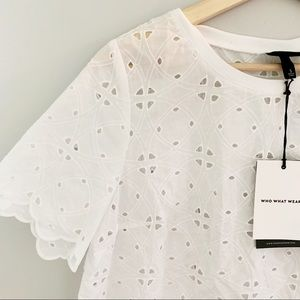 nwt who what wear | floral eyelet cut crop